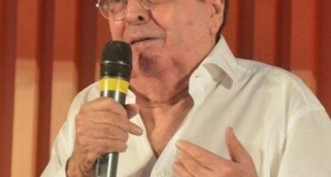 """""""Só consigo chorar e rezar"""", diz Benedito Ruy Barbosa sobre Montagner"""