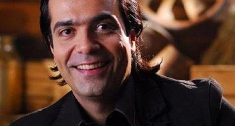 RedeTV! dispensa o consultor de etiquetas Fábio Arruda