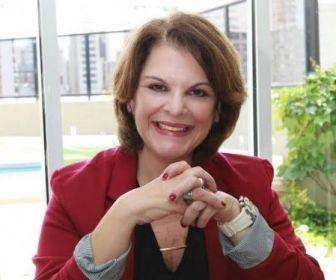 Entrevista com Leonor Corrêa, autora de Carinha de Anjo