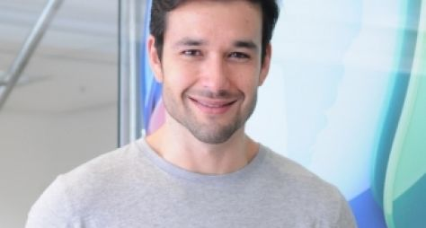 Família Record: Sérgio Marone será testado como apresentador