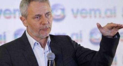 Diretor-geral da Globo está satisfeito com novelas e remakes