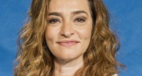 Gisele Fróes é confirmada em À Flor da Pele