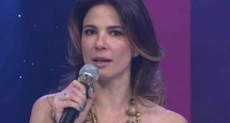 Luciana Gimenez pode perder espaço na programação da RedeTV!