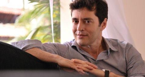Tiago Santiago revela que foi chamado para escrever Escrava Mãe