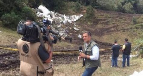 Após prisão na Venezuela, jornalistas da Record TV chegam ao Brasil