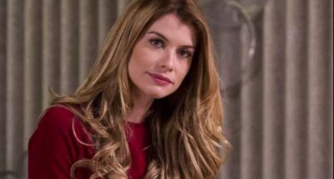 Alinne Moraes analisa Rock Story e a conduta de Diana