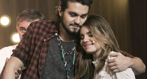 Luan Santana e Camila Queiroz gravam Tamanho Família, da Globo