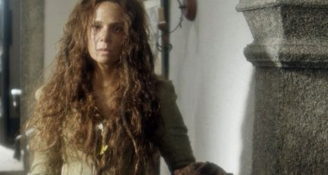 Novo Mundo: Personagem de Vanessa Gerbelli guarda segredos da trama