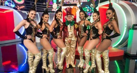 Gravação do especial Chacrinha reúne apresentadores e cantores na Globo