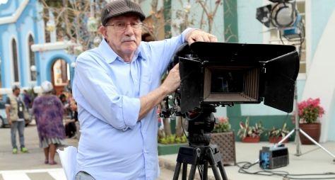 SBT renova o contrato do diretor Reynaldo Boury
