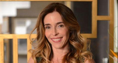 Deborah Evelyn vai fazer papel cômico em Tempo de Amar