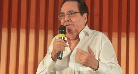 Globo avalia sinopse de Benedito Ruy Barbosa para o horário das sete
