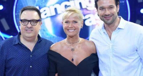 Xuxa e diretor do Dancing Brasil vão a evento da BBC, em Londres