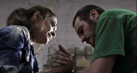 Bibi ajuda Rubinho a fugir da cadeia em A Força do Querer
