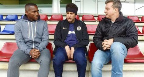 Caldeirão: Luciano Huck e Neymar Jr. se encontram em Barcelona