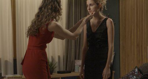 A Força do Querer: Joyce escuta Ivana dizer que não é mulher