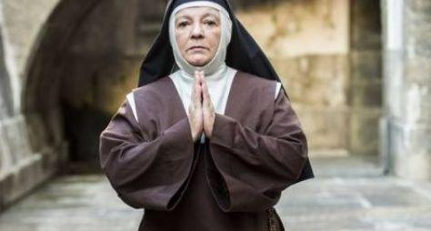 Bete Mendes volta ao ar como freira em Tempo de Amar
