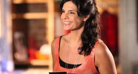 Helena Ranaldi desmente participação em novela do SBT