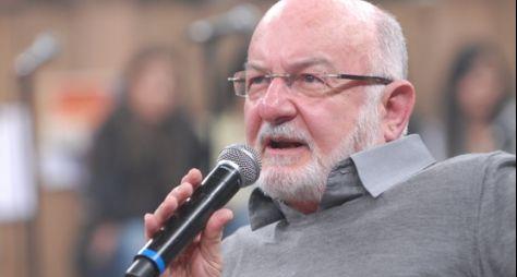 Silvio de Abreu gostaria de fazer remake de Éramos Seis