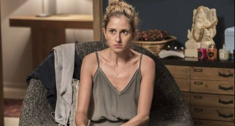A Força do Querer: Ivana admite que está usando hormônios