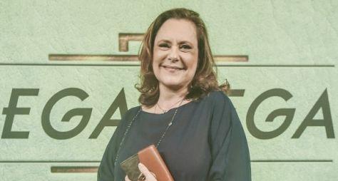 Elizabeth Savalla estreia em Pega Pega neste mês