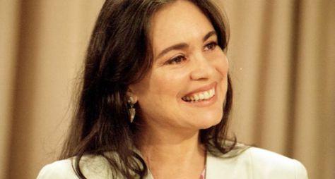 Regina Duarte dará vida a personagem dúbio em Tempo de Amar