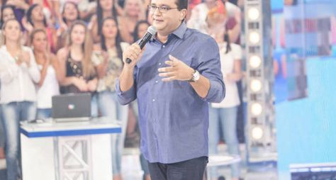 Frágil, Record TV ainda mantém vice-liderança com Domingo Show