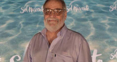 Na Globo, Walther Negrão passa a ter contrato por obra