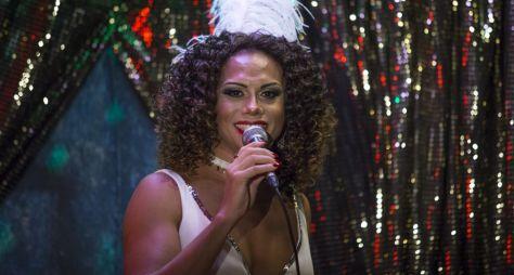 Silvero Pereira vai cantar com Sandy no Criança Esperança