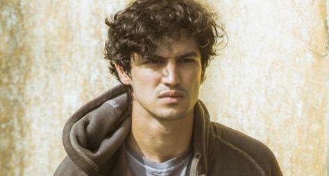 Caio Castro e Gabriel Leone disputam papel em novela das nove