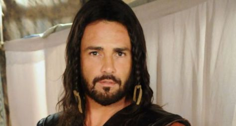 Rodrigo Phavanello volta à TV em Belaventura
