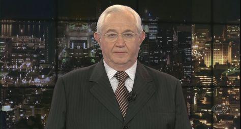 Bóris Casoy paga indenização a gari ridicularizado por ele na TV