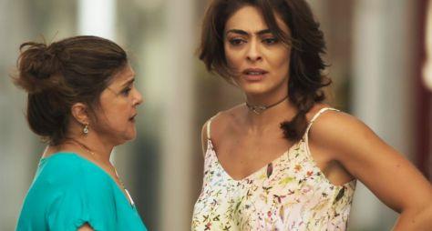 Juliana Paes e Elizangela comemora parceria de sucesso na TV