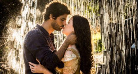 Após passagem de tempo, Vitória e Inácio transam em Tempo de Amar