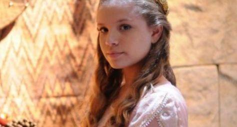 Leticia Peroni é convidada para novela das sete da Record TV