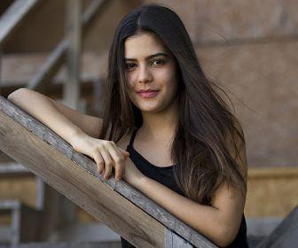Julia Dalavia emendará duas novelas na Globo