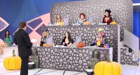 Silvio Santos exibe especial de Halloween com a turma do Jogo dos Pontinhos