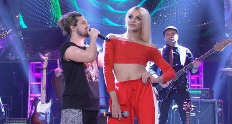 Altas Horas: Pabllo Vittar e Luan Santana fazem dueto inédito