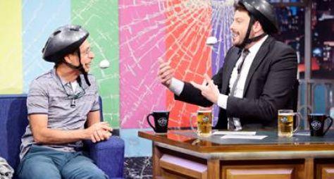 Danilo Gentili conversa com Pedro Cardoso no The Noite