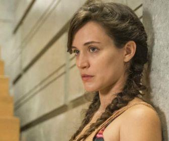 O Outro Lado do Paraíso: Após fugir de hospício, Clara surgirá milionária