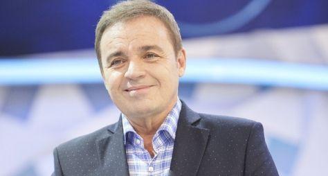 Record TV demitirá equipe do Gugu, diz jornalista