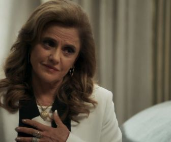 """Em O Outro Lado do Paraíso, Caetana revela passado de Sophia: """"Trabalhou comigo"""""""