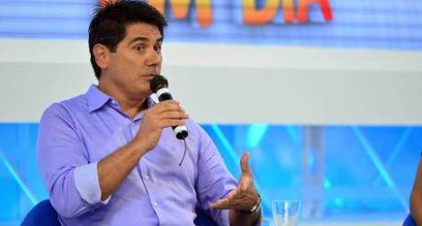 Record TV acerta renovação do contrato de César Filho