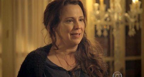 Ana Beatriz Nogueira deve emendar Malhação com novela das nove, diz jornalista