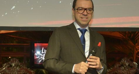 Mário Teixeira emplaca novela das sete na Globo