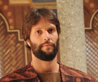 Gustavo Leão anuncia pausa na carreira de ator