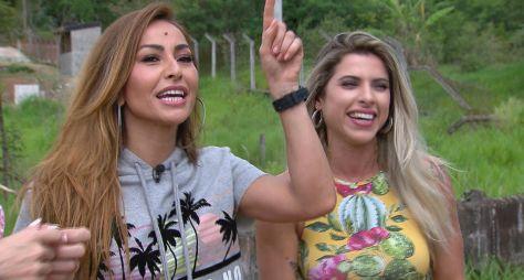 Sabrina Sato se aventura em passeio radical de jipe com Ana Paula Minerato