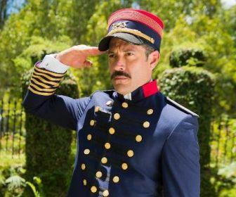 Orgulho e Paixão: Malvino Salvador caracterizado como coronel Brandão