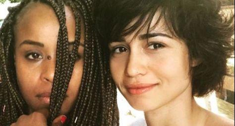 Rivais no passado, Nanda Costa e Roberta Rodrigues serão amigas em Segundo Sol