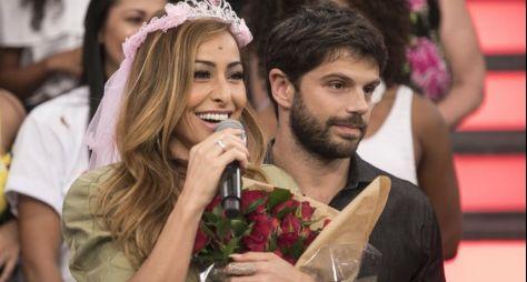 Programa da Sabrina: apresentadora ganha homenagem surpresa do noivo